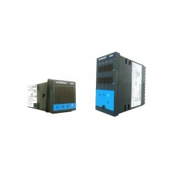 Régulateur numérique configurable avec entrée universelle